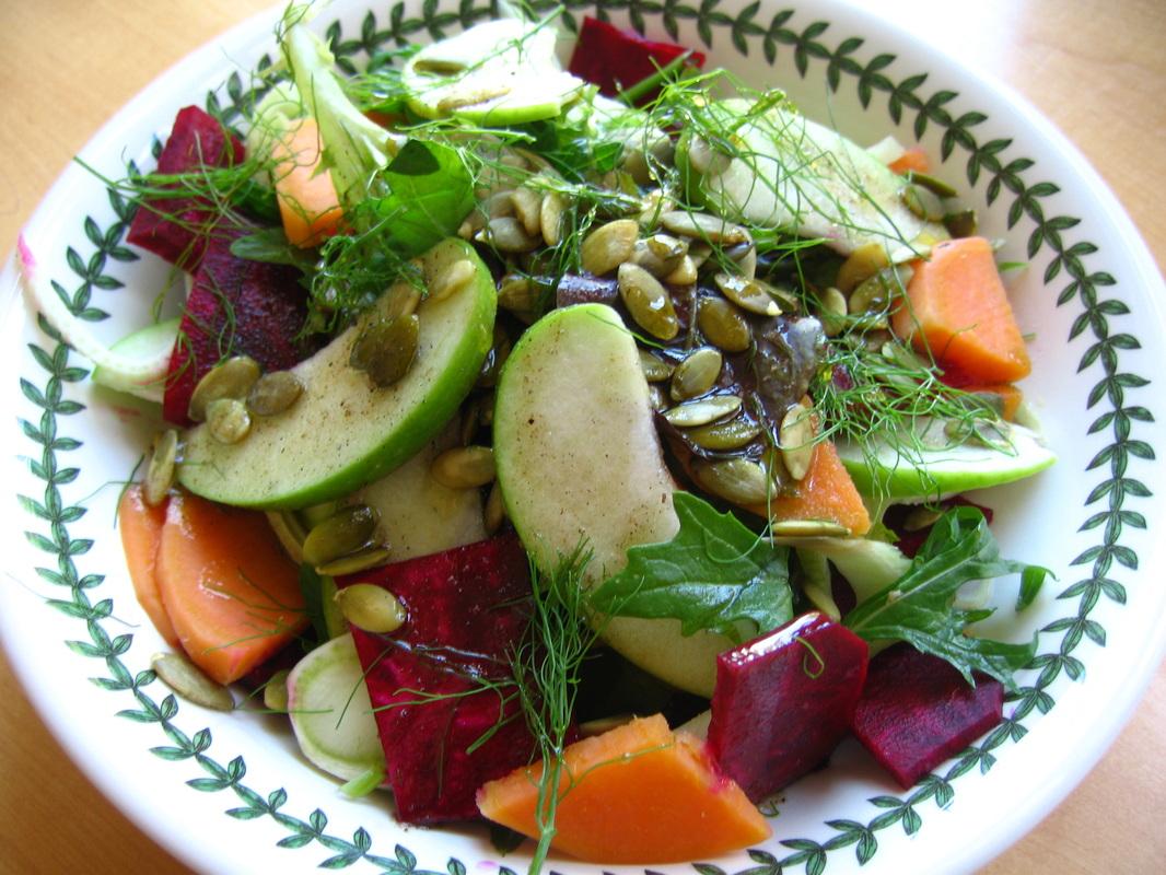Fall Harvest Salad with Maple Vinaigrette | VVRN: Vegan, Vegetarian ...